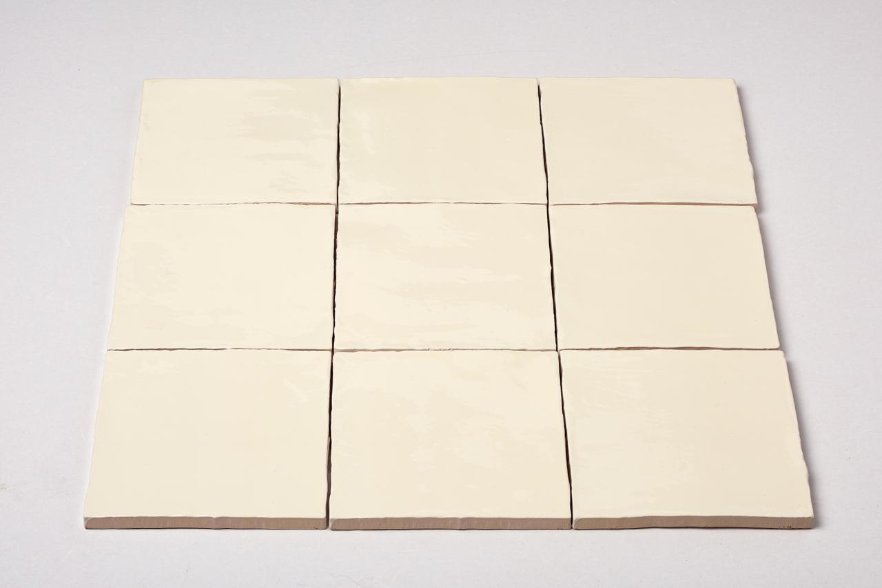 wandtegel-oud-hollandse-handvorm-witjes-crema-13x13